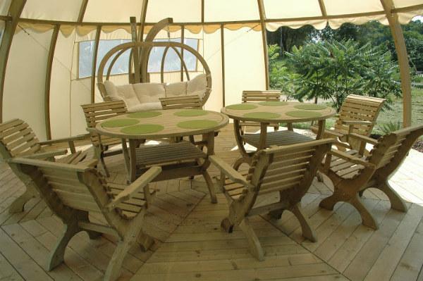 Castorama Nowy Targ Meble Ogrodowe : Wnętrze pawilonu ogrodowego Igloo Fot BM Nowy Targ