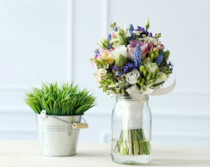 Efektowne dekoracje z kwiatów