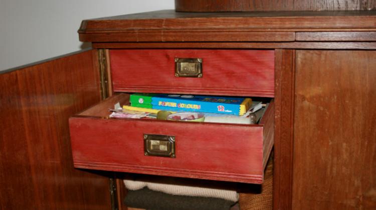 Zacinająca się szuflada - naprawa