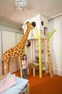 Domek pod sufitem w pokoju dziecięcym DIY Majster