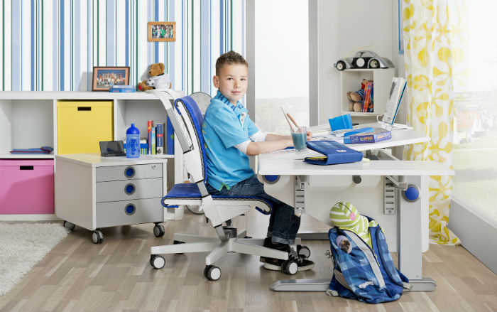 ergonomiczne meble dla dzieci - właściwa postawa