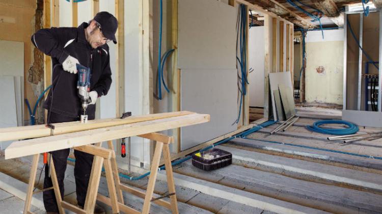 do szybkiego wiercenia w drewnie, elementach suchej zabudowy oraz w metalu.