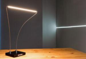 Domowe biuro - dobieramy lampę biurkową