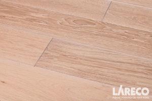 drewniana podłoga w łazience