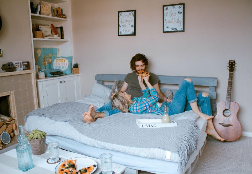 Łóżko do sypialni małżeńskiej
