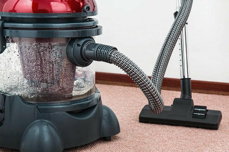 gdy dbamy o czystość wykładziny, będzie służyła przez długie lata
