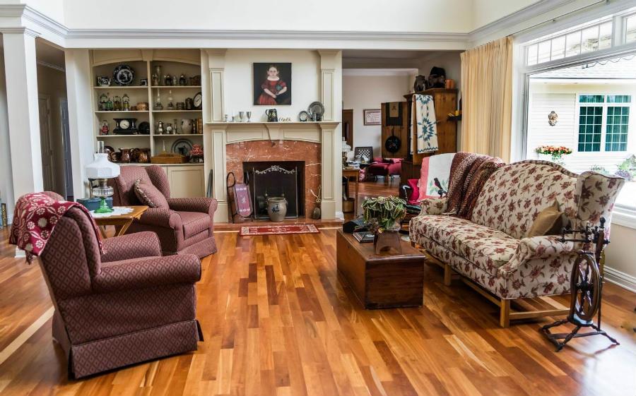 panele imitujące drewno są stylowym dodatkiem do klasycznych wnętrz