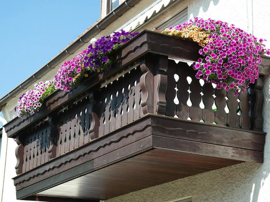 drewniany balkon