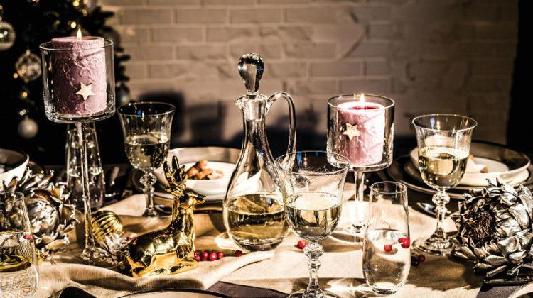 Dekorowanie stołu wigilijnego