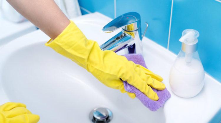 Sprzątanie łazienki krok po kroku – jak szybko posprzątać łazienkę