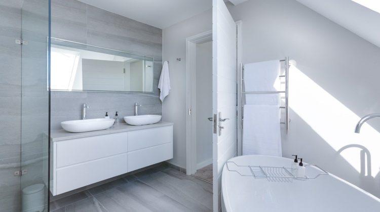 Eleganckie panele prysznicowe